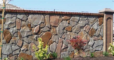 memilih pagar rumah minimalis batu alam artistik
