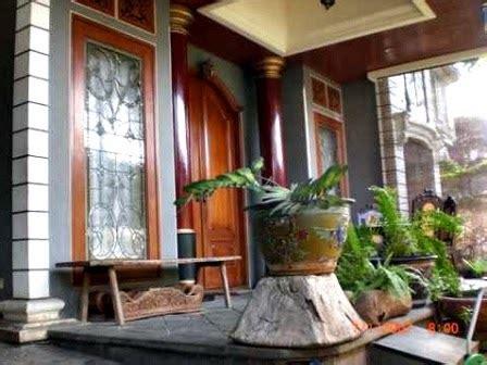 desain rumah minimalis pakai batu alam