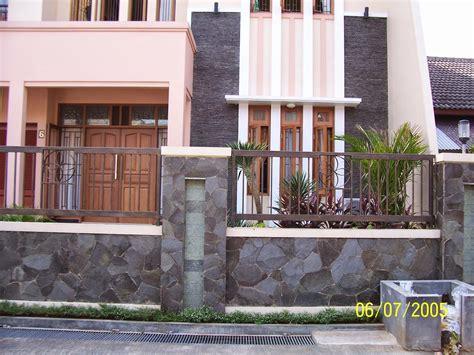 rumah minimalis tembok batu alam erectronic