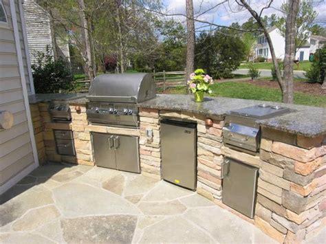 desain pagar batu alam minimalis terbaru renovasi